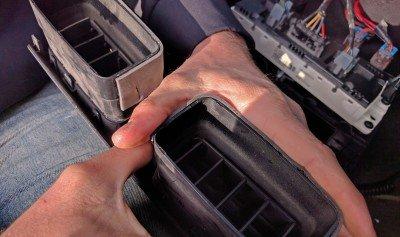 H3 Hummer BlueTooth Reattaching Vent Padding Foam 6 Install