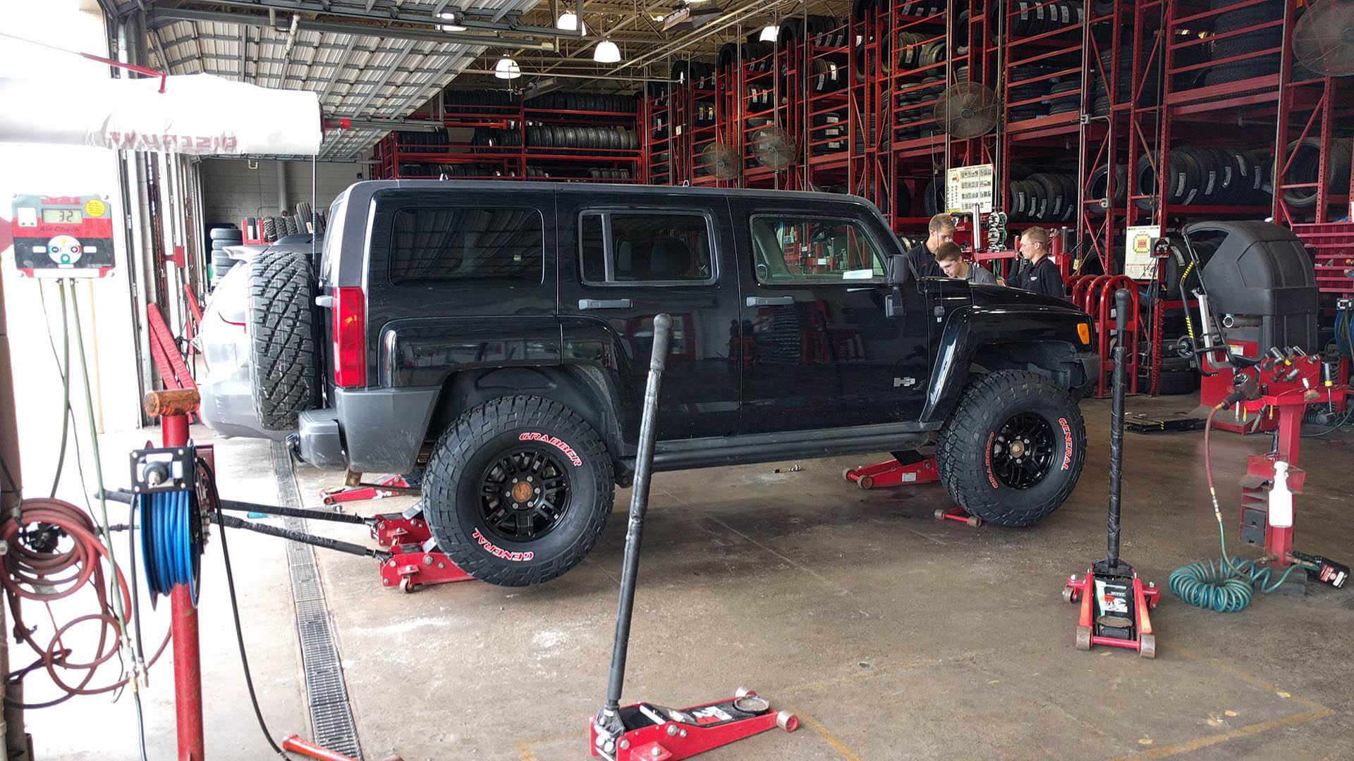 H3 Hummer 35″ Tires – Schwarttzy